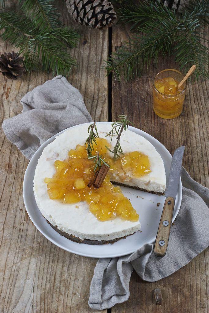 Keksreste verwendet für die Bratapfel Joghurttorte mit Keksresten von Sweets & Lifestyle®