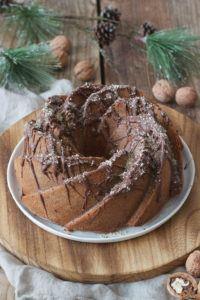 Saftiger Keksreste Kuchen in Gugelhupfform von Sweets & Lifestyle®