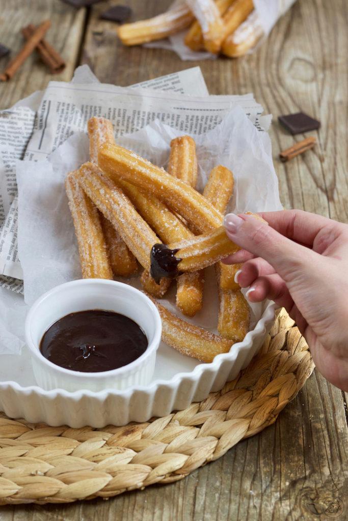 Leckere Churros selber machen ist ganz einfach mit dem Rezept von Sweets & Lifestyle®