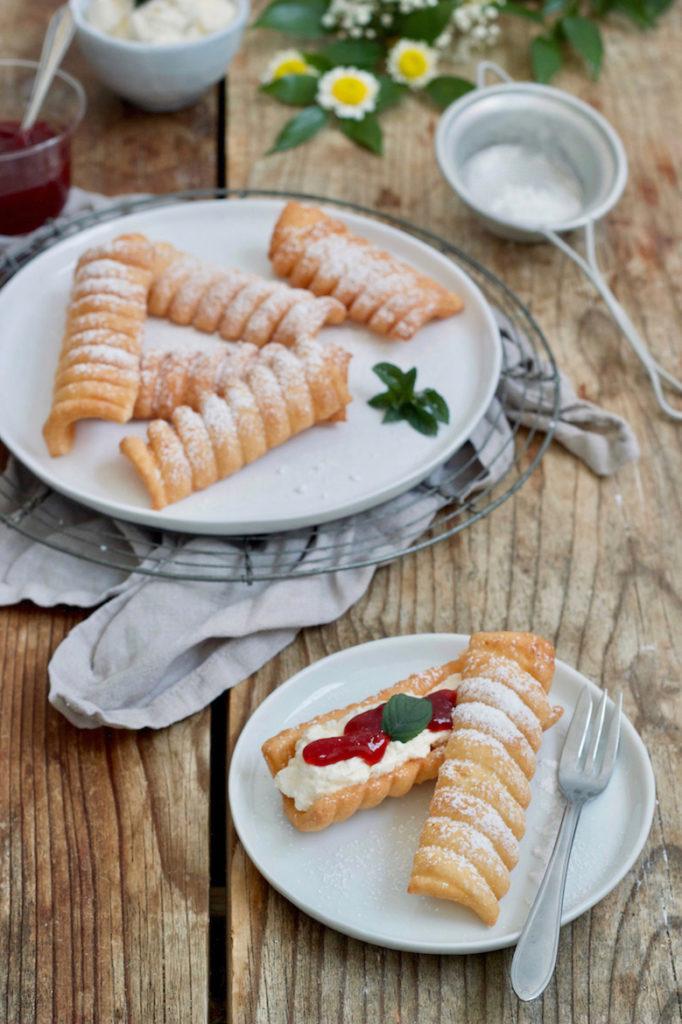 Omas Spagatkrapfen Rezept gemacht von Sweets & Lifestyle®