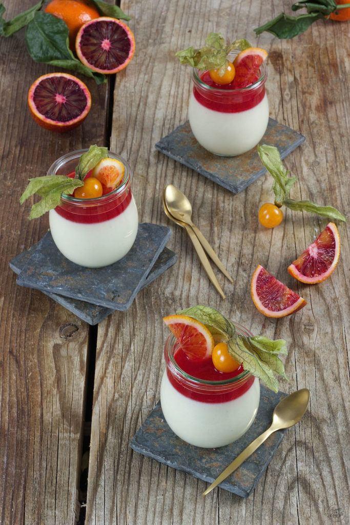 Buttermilch Panna Cotta mit Blutorangen von Sweets & Lifestyle®
