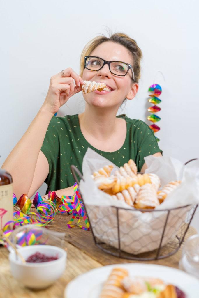 Verena von Sweets & Lifestyle® mit ihren selbst gemachten Spagatkrapfen