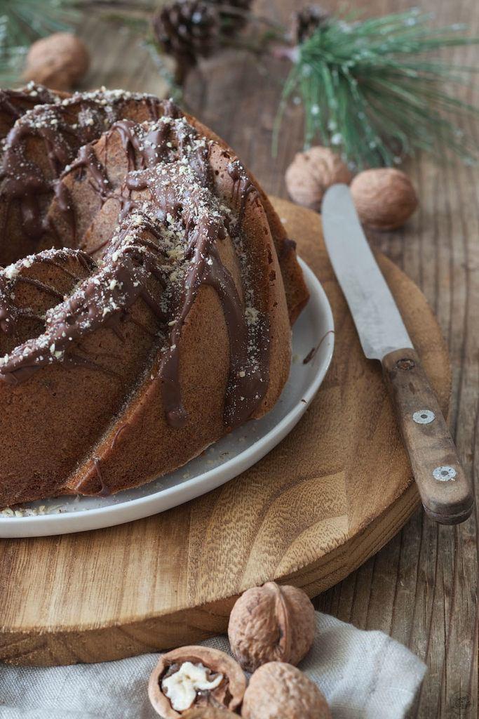 Weihnachtskeksereste Kuchen in Gugelhupfform von Sweets & Lifestyle®