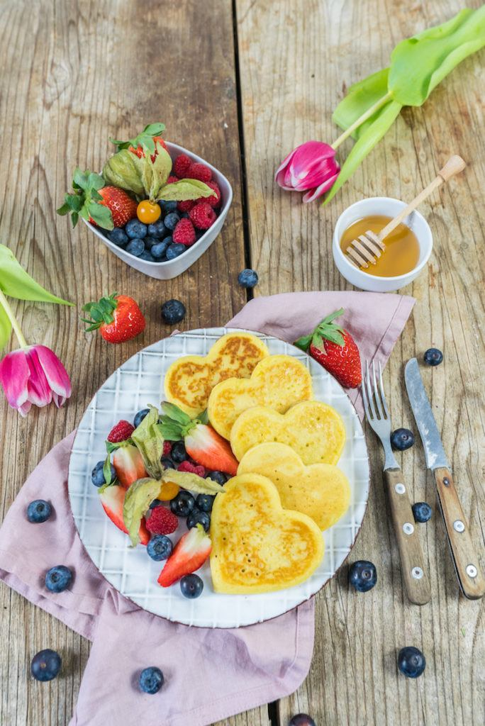 Fluffige Buttermilch Pancakes von Sweets & Lifestyle®