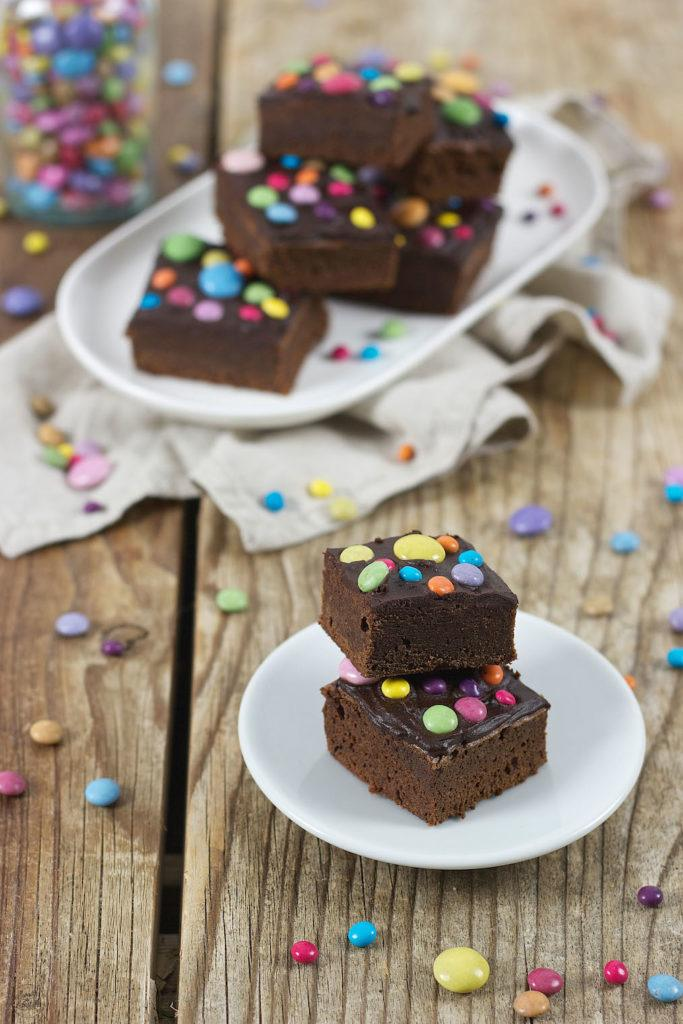 Leckeres Smarties Brownies Rezept von Sweets & Lifestyle®