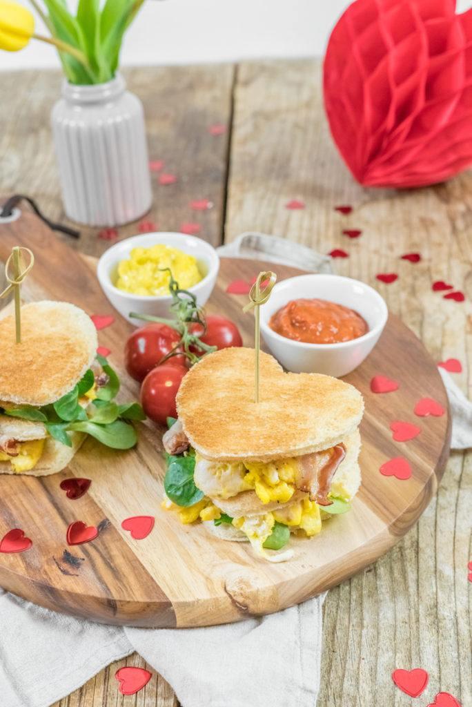 Toastburger für den Valentinstag von Sweets & Lifestyle®