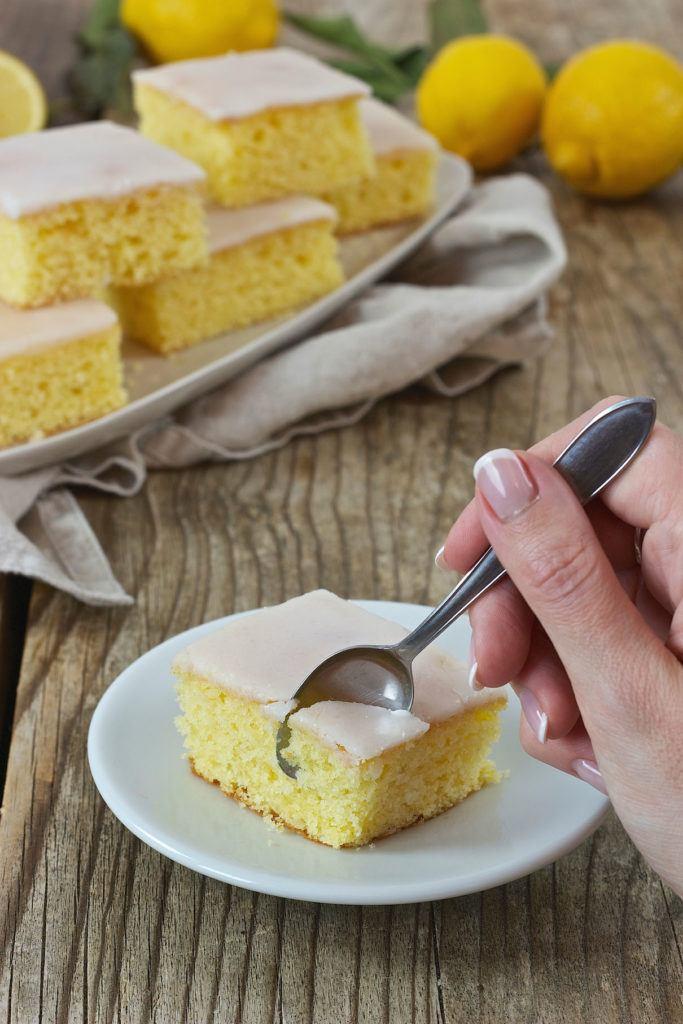 Zitronenkuchen Blech Rezept von Sweets & Lifestyle®