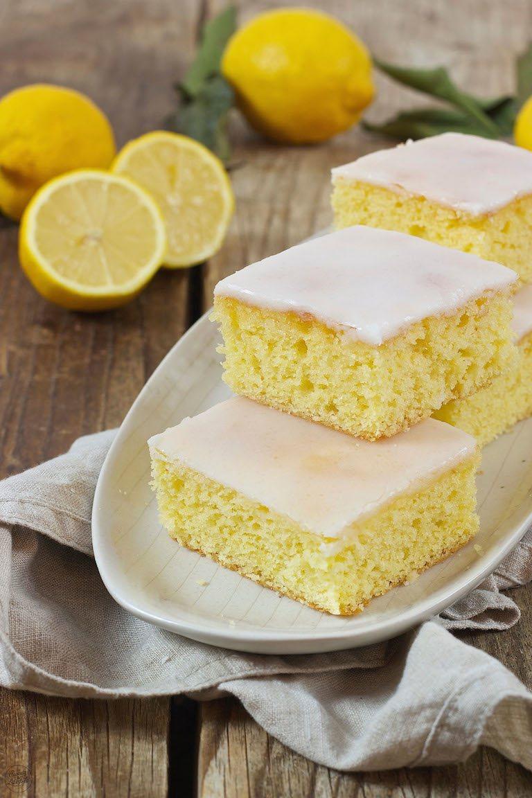 Saftiger Zitronenkuchen Vom Blech Rezept Sweets Lifestyle
