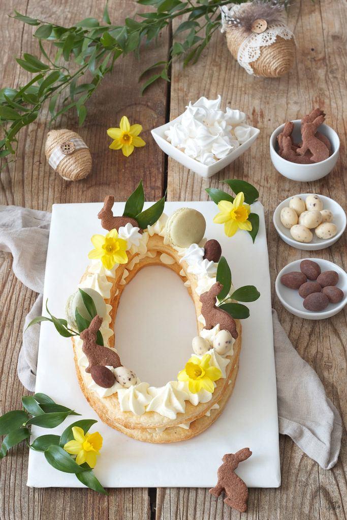 Letter Cake als Ostertorte verziert mit Osterhasen und Schokoeiern von Sweets & Lifestyle®