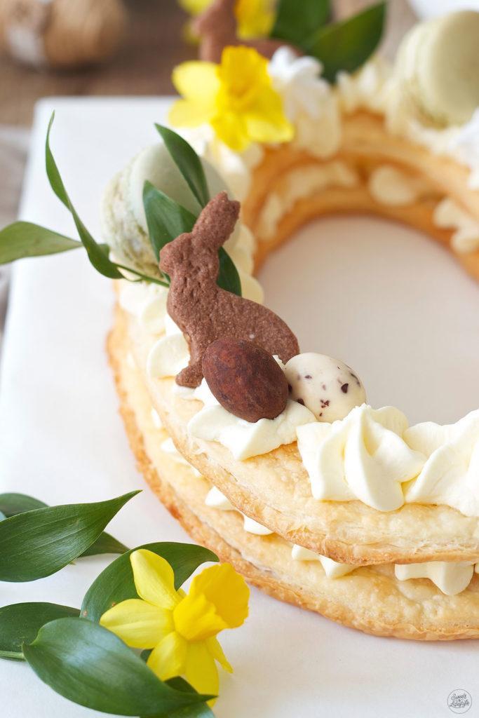 Mürbteig Osterhase als Deko auf der Letter Cake Ostertorte von Sweets & Lifestyle®