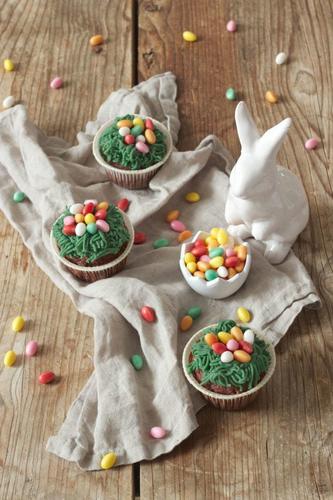 Oster Cupcakes mit Nest aus Marzipan von Sweets & Lifestyle®