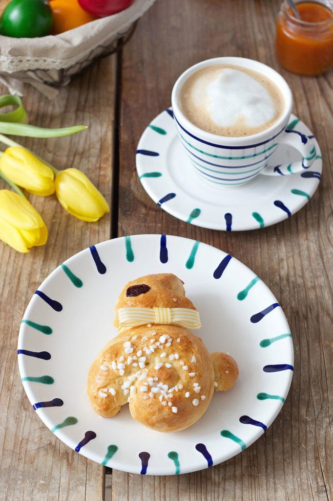 Osterhase aus Germteig zum Osterfrühstück von Sweets & Lifestyle®