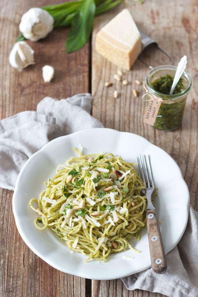 Spaghetti mit selbst gemachtem Bärlauchpesto von Sweets & Lifestyle®