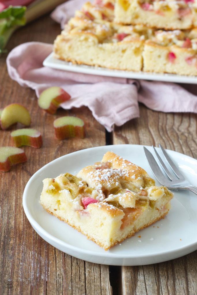 Einfacher Rhabarber Blechkuchen von Sweets & Lifestyle®