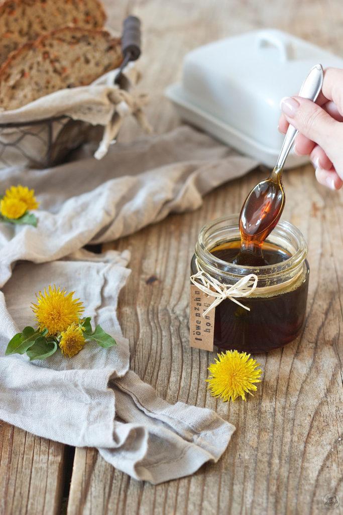 Löwenzahnhonig selber machen nach einem Rezept von Sweets & Lifestyle®