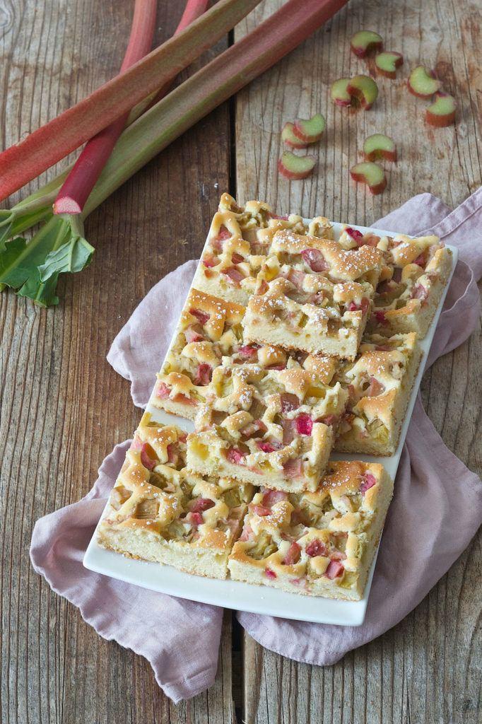 Rhabarber Blechkuchen Rezept von Sweets & Lifestyle®