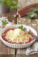 Rhabarber Crumble mit Mandeln von Sweets & Lifestyle®