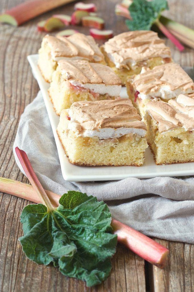 Rhabarberkuchen mit Baiser von Blech von Sweets & Lifestyle®