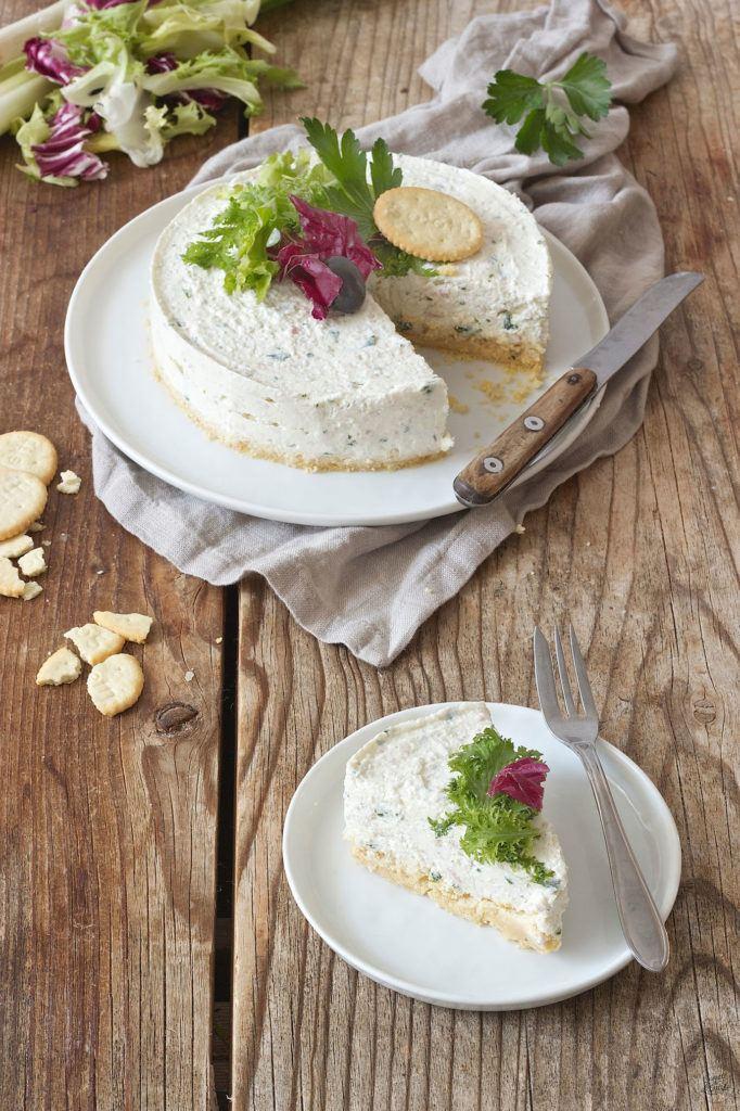pikanter Cheesecake mit Schinken und Kräutern gefüllt von Sweets & Lifestyle®