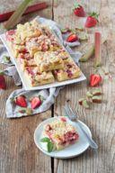 Erdbeer Rhabarber Kuchen Rezept von Sweets & Lifestyle®