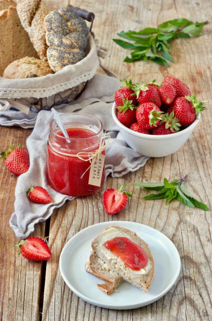 Erfrischende Erdbeer Minze Marmelade nach einem Rezept von Sweets & Lifestyle®