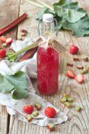 Fruchtiger Rhabarber Erdbeer Sirup von Sweets & Lifestyle®
