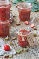 Fruchtiges Erdbeer Rhabarber Kompott eingekocht von Sweets & Lifestyle®