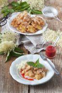 Gebackene Holunderblüten mit Erdbeerpüree von Sweets & Lifestyle®
