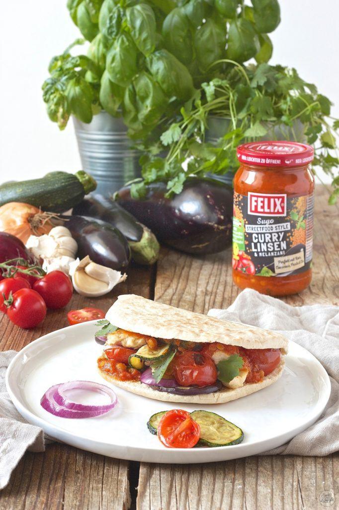 Pita mit FELIX Sugo Streetfood Style Curry Linsen & Melanzani und gegrilltem Gemüse von Sweets & Lifestyle®