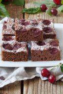 Rezept für einen Schoko-Kirsch-Kuchen von Sweets & Lifestyle®