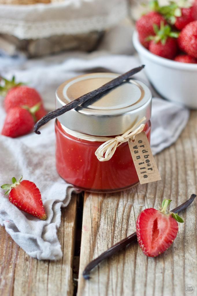 Selbst gemachte Erdbeer-Vanille-Marmelade von Sweets & Lifestyle®