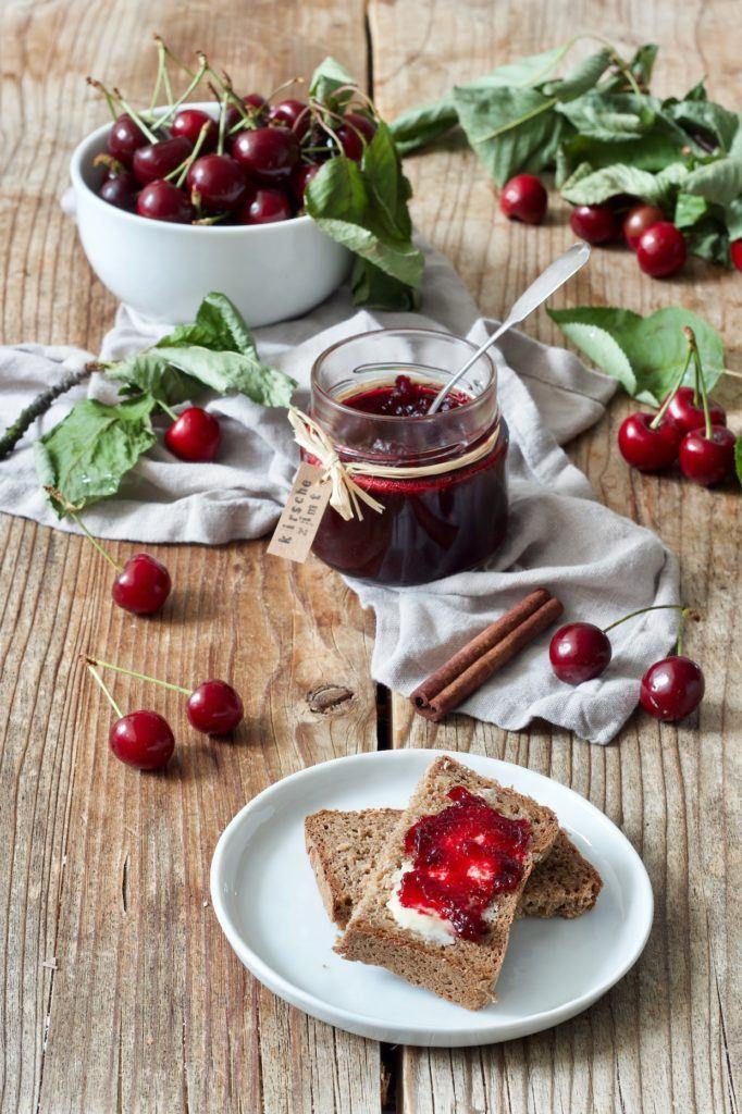 Kirschmarmelade mit Zimt verfeinert von Sweets & Lifestyle®