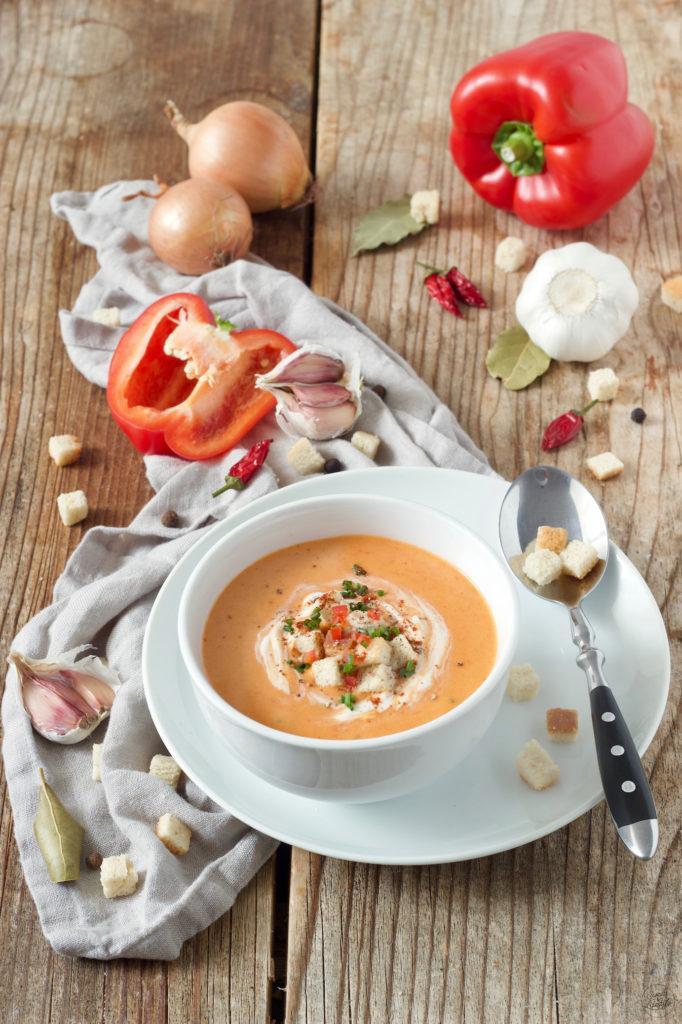 Würzige Paprikaschaumsuppe, die perfekte Sommersuppe - schmeckt warm und kalt von Sweets & Lifestyle®