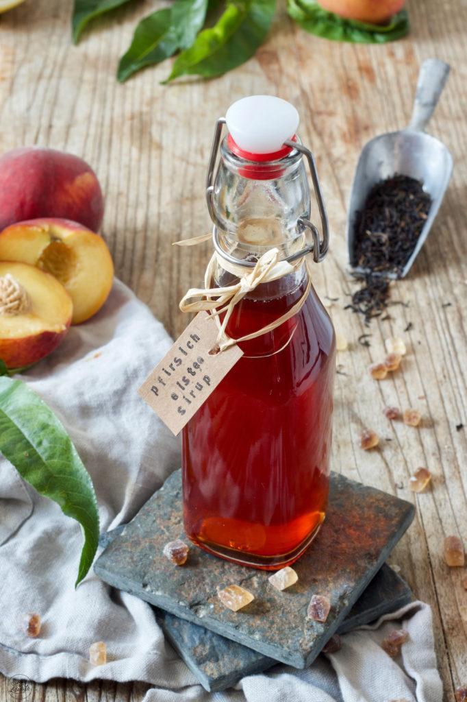 Pfirsich Eistee Sirup selber machen ist ganz einfach mit dem Rezept von Sweets & Lifestyle®