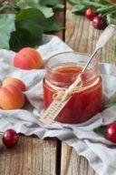 Rezept für eine Marillen Kirschen Marmelade von Sweets & Lifestyle®