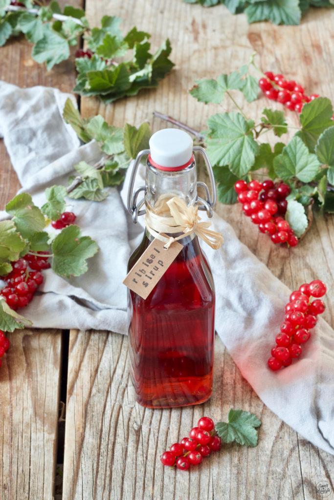 Ribiselsirup Rezept von Sweets & Lifestyle®