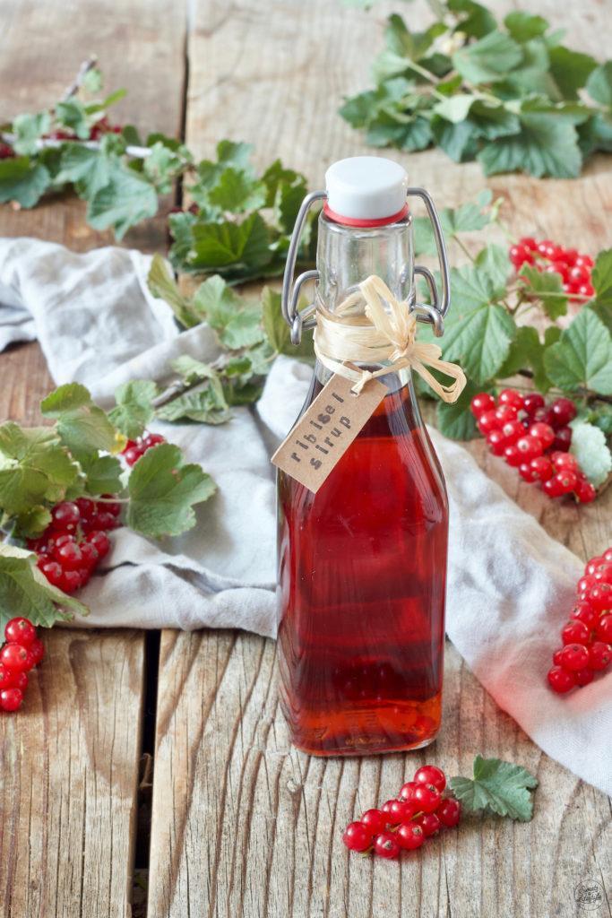 Ribiselsirup selbstgemacht nach dem Rezept von Sweets & Lifestyle®