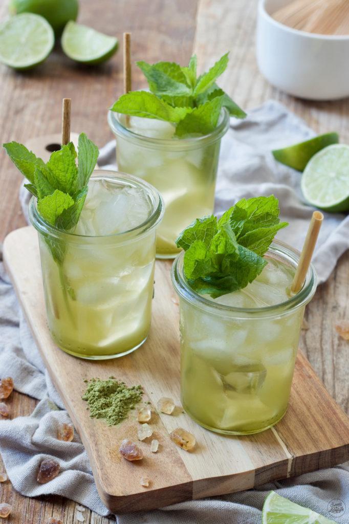 selbst gemachter grüner Eistee mit Limetten nach einem Rezept von Sweets & Lifestyle®