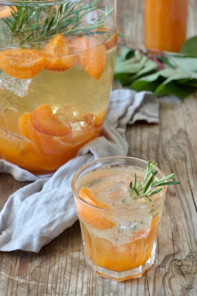 Fruchtige Marillenbowle nach einem Rezept von Sweets & Lifestyle®