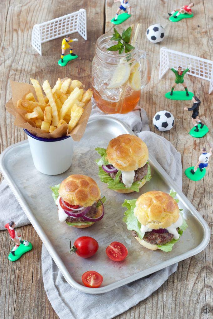 Fußballburger für den Kindergeburtstag nach einem Rezept von Sweets & Lifestyle®