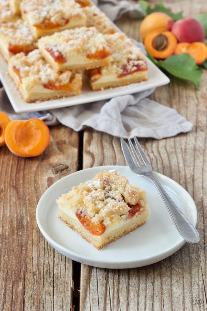 Marillen Topfenkuchen vom Blech mit Streusel von Sweets & Lifestyle®