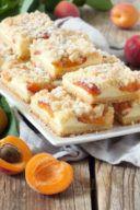 Rezept für einen Marillen Topfenkuchen mit Streusel nach einem Rezept von Sweets & Lifestyle®