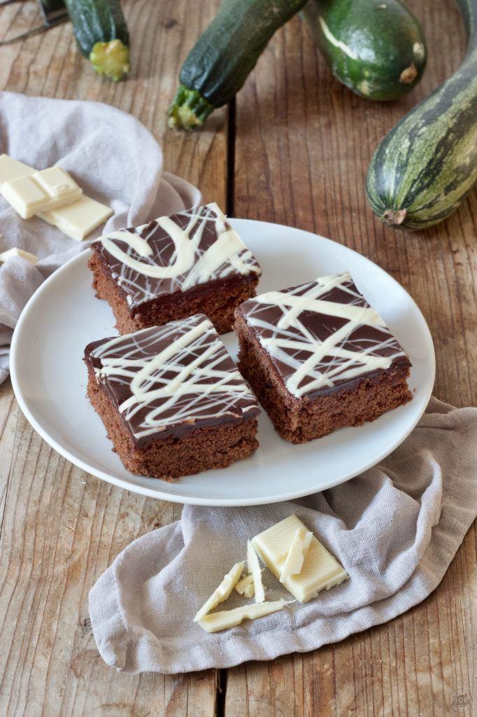 Saftiger Schoko-Zucchinikuchen nach einem Rezept von Sweets & Lifestyle®