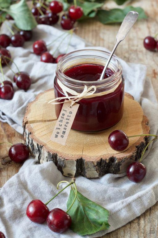 Selbst gemachte Weichselmarmelade mit Amaretto von Sweets & Lifestyle®