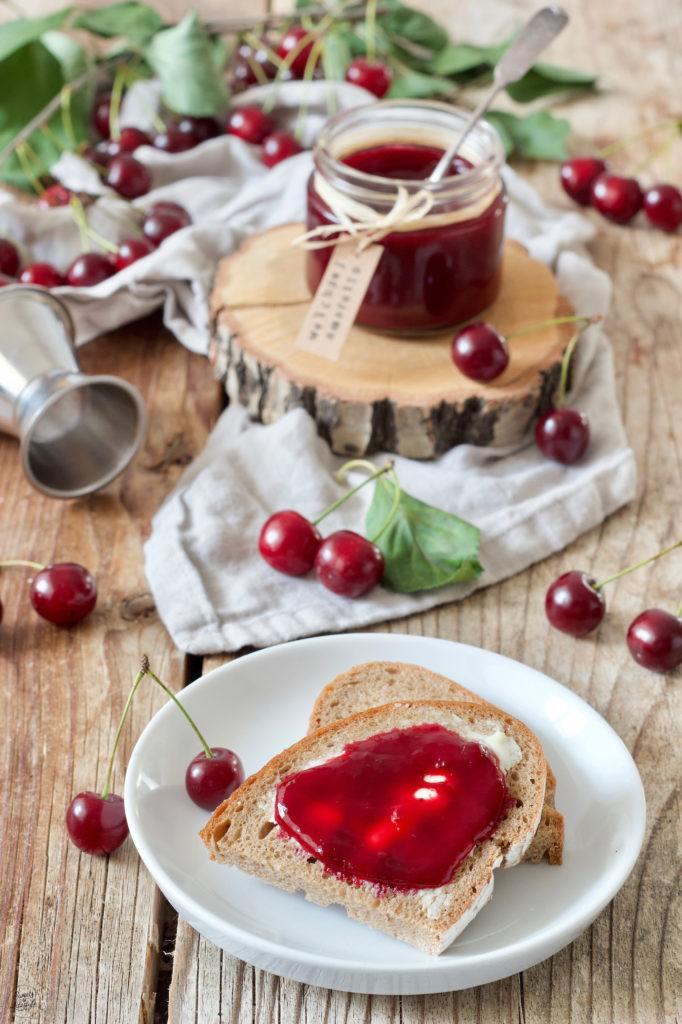 Weichselmarmelade mit Amaretto verfeinert von Sweets & Lifestyle®