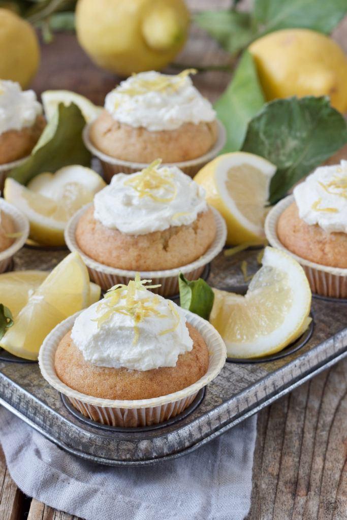 Saftige Zitronenmuffins mit Öl nach einem Rezept von Sweets & Lifestyle®