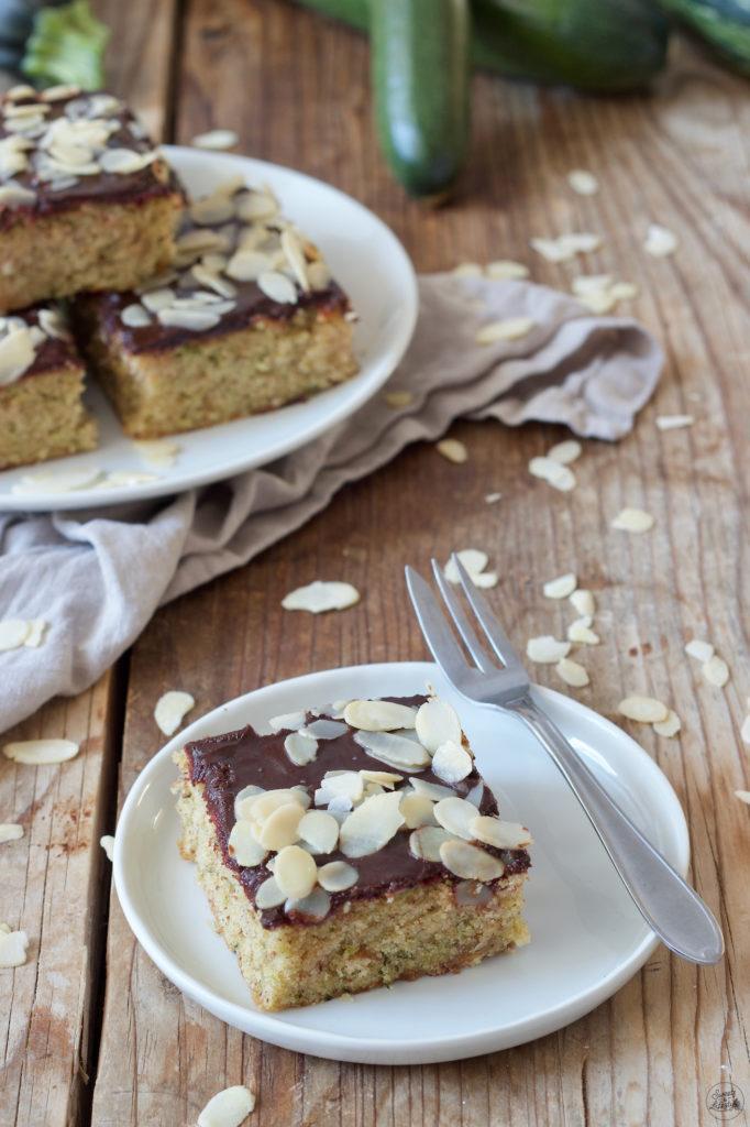 Zucchinikuchen mit Schokolade nach einem Rezept von Sweets & Lifestyle®