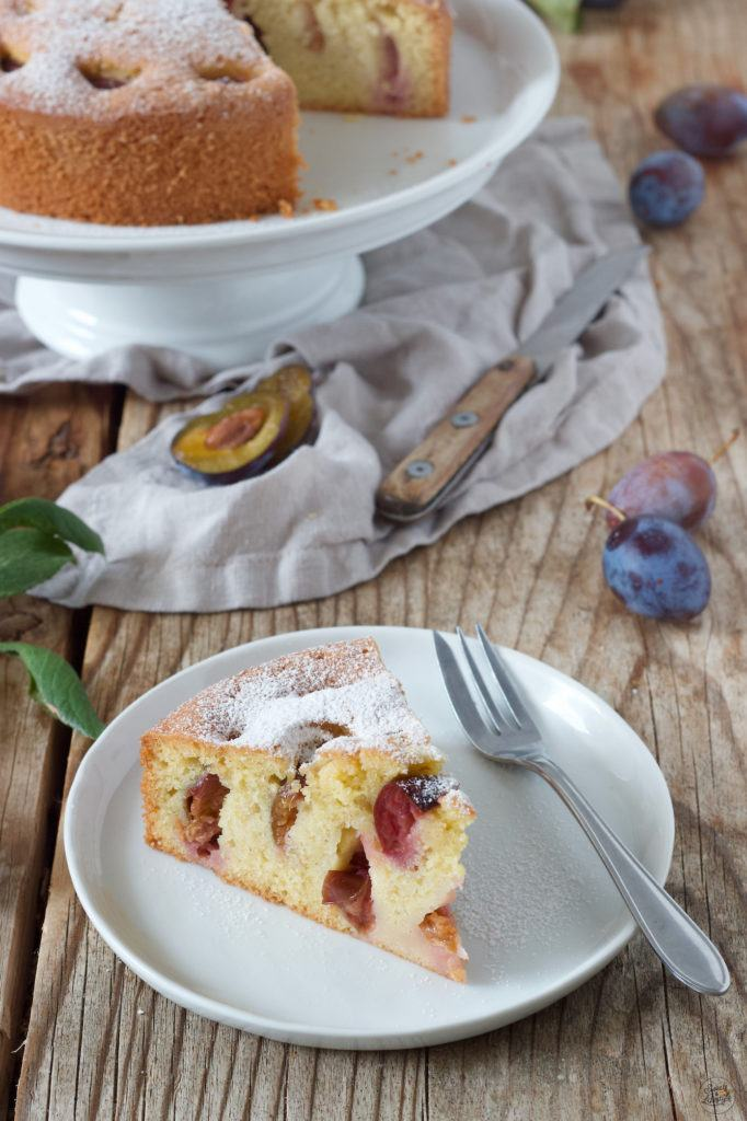 Einfacher und schneller Zwetschgenkuchen nach einem Rezept von Sweets & Lifestyle®