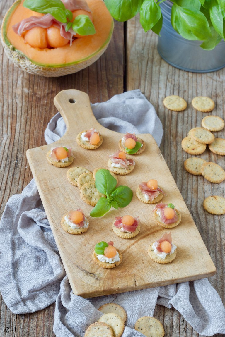 Rohschinken Melone Cracker Fingerfood Rezept Sweets Lifestyle