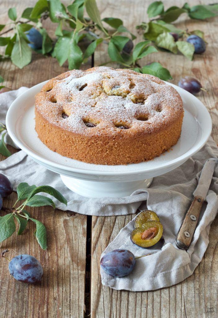 Leckeres und einfaches Zwetschgenkuchen Rezept von Sweets & Lifestyle®